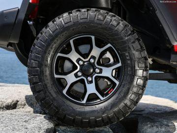 Neumáticos Jeep Wrangler 2.2 CRD Rubicon