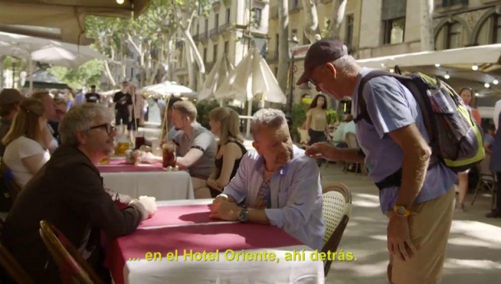 """Un hombre interrumpe la grabación de ¿Te lo vas a comer? para advertir a Chicote: """"Lo que os van a servir, lo van a cocinar en otro lado"""""""