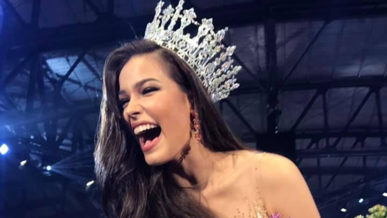 Jennifer Paweensuda Drouin tras ser coronada como Miss Tailandia