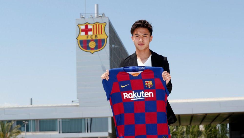 Hiroki Abe, nuevo jugador del Barcelona