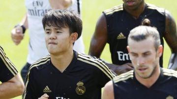 Takefusa Kubo y Gareth Bale