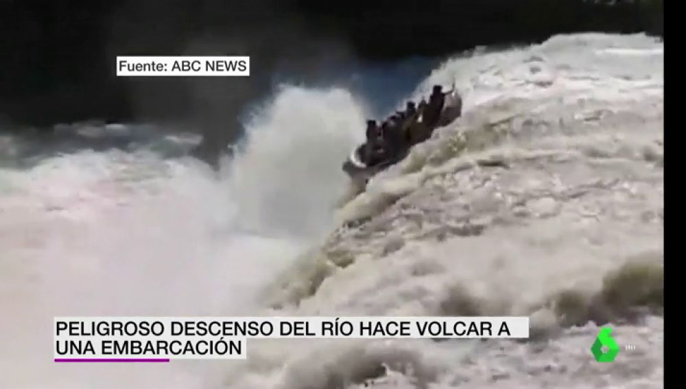 Increíble accidente de rafting: Ignoran las advertencias y la corriente no les deja escapatoria