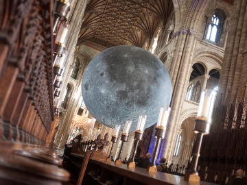 Museo de la Luna en Peterborough Cathedral