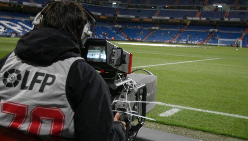 Dos exjugadores del Atlético de Madrid imputados por fraude a Hacienda