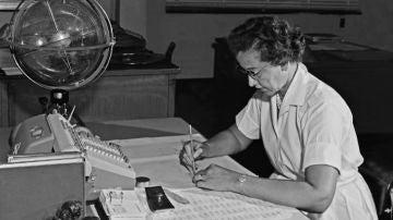 Katherine Johnson en el Centro de Investigación Langley de la NASA, 1962.