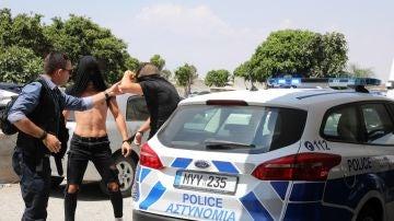 Los sospechosos de violación a su llegada al juzgado chipriota
