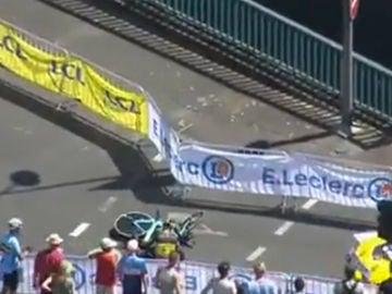 Van Aert sufre un grave accidente en el Tour de Francia