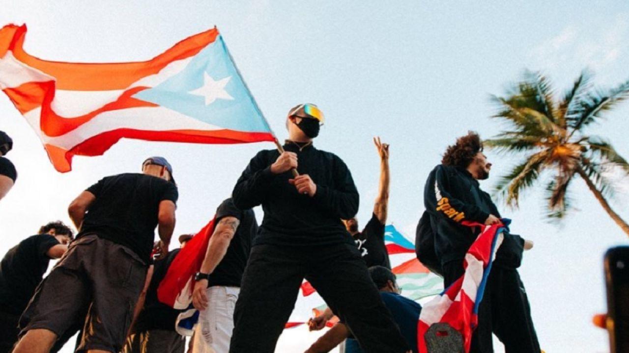 Bad Bunny en una de las protestas en Puerto Rico