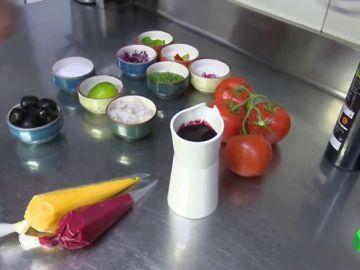 Los sabores que mejor le van al tomate para innovar en el gazpacho de manera fácil