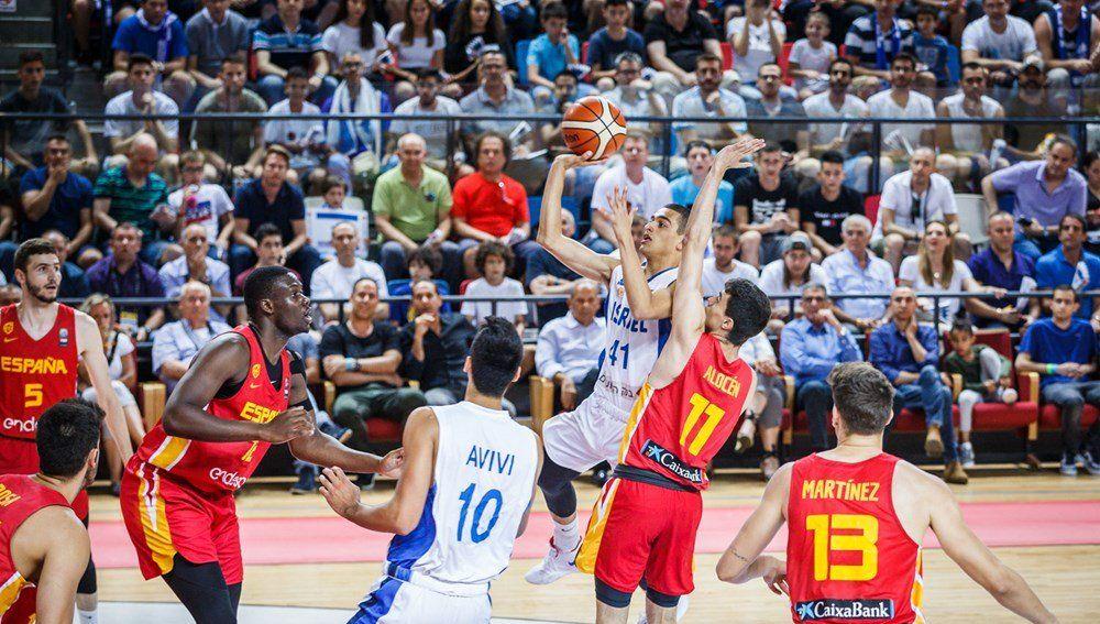 Momento del partido entre España e Israel
