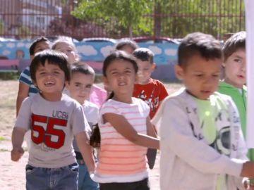 'Performance' sobre el cierre de un colegio realizada por niños
