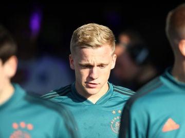 Donny van de Beek, entrenando con el Ajax