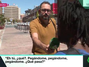 """""""Tengo mucho miedo porque me pegaron mucho"""": Habla el hombre negro al que dos vigilantes dieron una paliza en una estación de Madrid"""