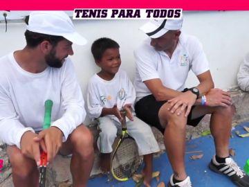 El tenis como herramienta de ayuda a los más necesitados: así es Tenis EID