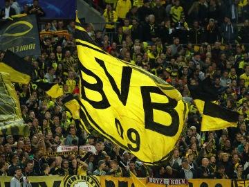 La afición del Borussia Dortmund, durante un partido