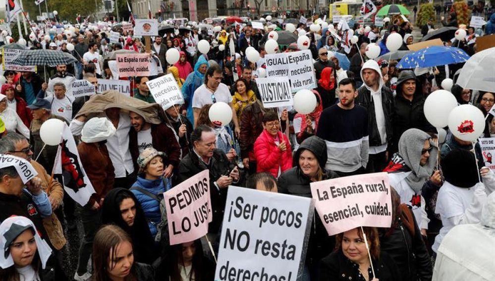 Manifestantes de toda España reivindican el valor de las zonas rurales