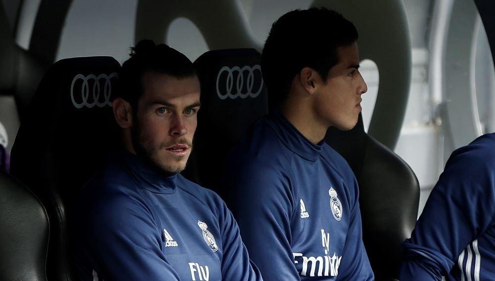 Bale y James, en el banquillo del Real Madrid