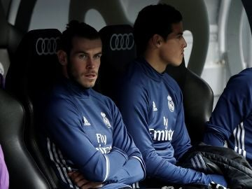 Bale y James, en el banquillo del Real Madrid