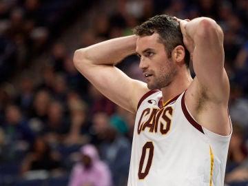Kevin Love, durante un partido con los Cavaliers