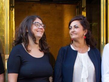 La candidata al gobierno riojano del PSOE Concha Andreu y la diputada de Podemos, Raquel Romero