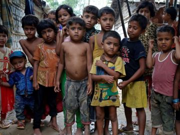 Niños refugiados rohinyás