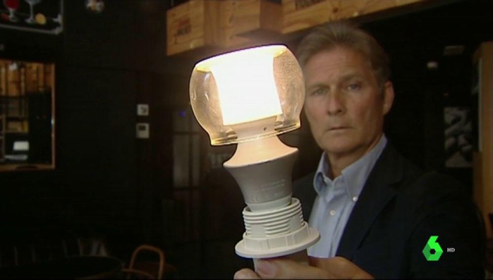 La bombilla creada por un ingeniero español que planta cara a la obsolescencia programada