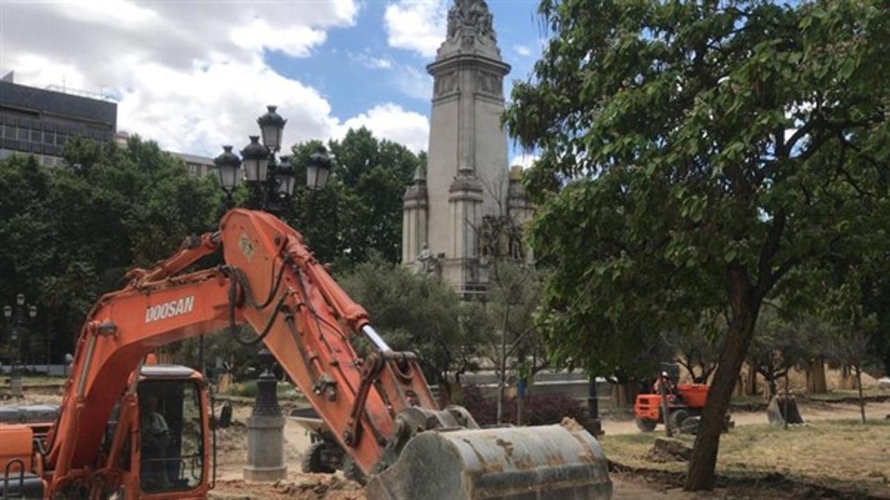 Obras en la madrileña plaza de España de Madrid