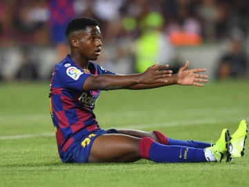 Ansu Fati disputando sus primeros minutos con el FC Barcelona