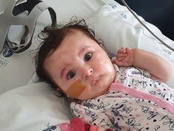 Matilde, la bebé que sufre atrofia muscular espinal de tipo 1