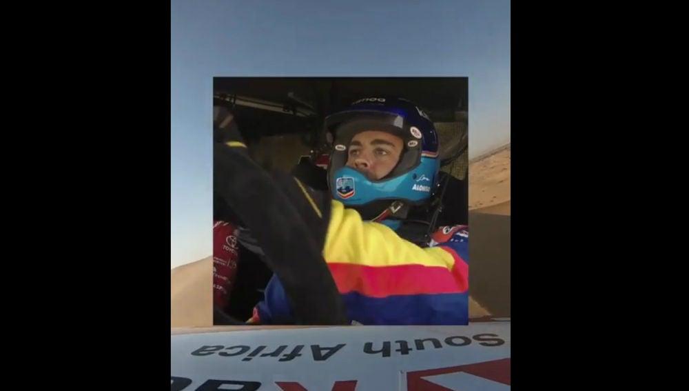 Fernando Alonso, dentro del Toyota