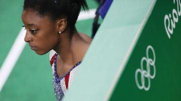 En la imagen, la gimnasta estadounidense Simone Biles
