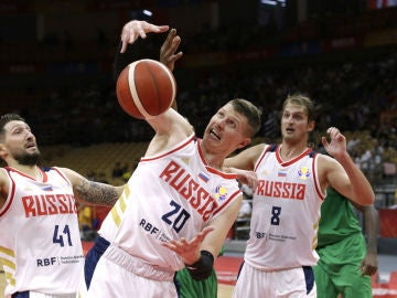 Andrei Vorontsevich, con Rusia