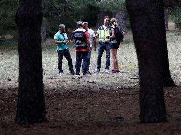 Familiares y vecinos están haciendo batidas espontáneas en su búsqueda