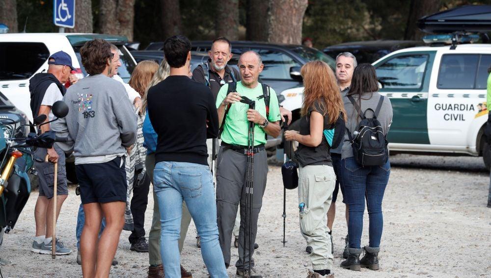Algunos de los voluntarios que participan en el dispositivo de búsqueda de Blanca Fernández Ochoa