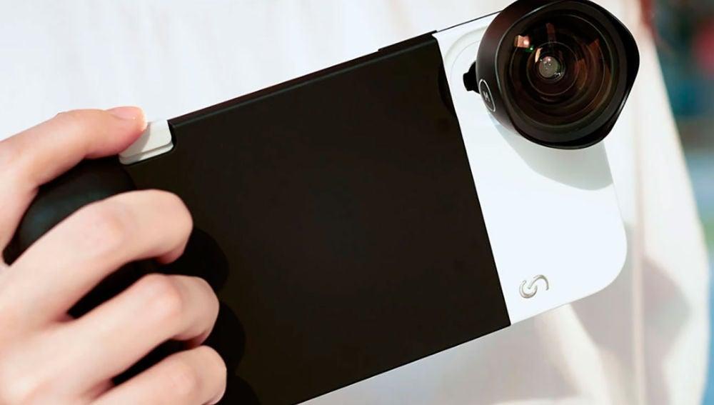 iPhone con la funda Shuttercase 2