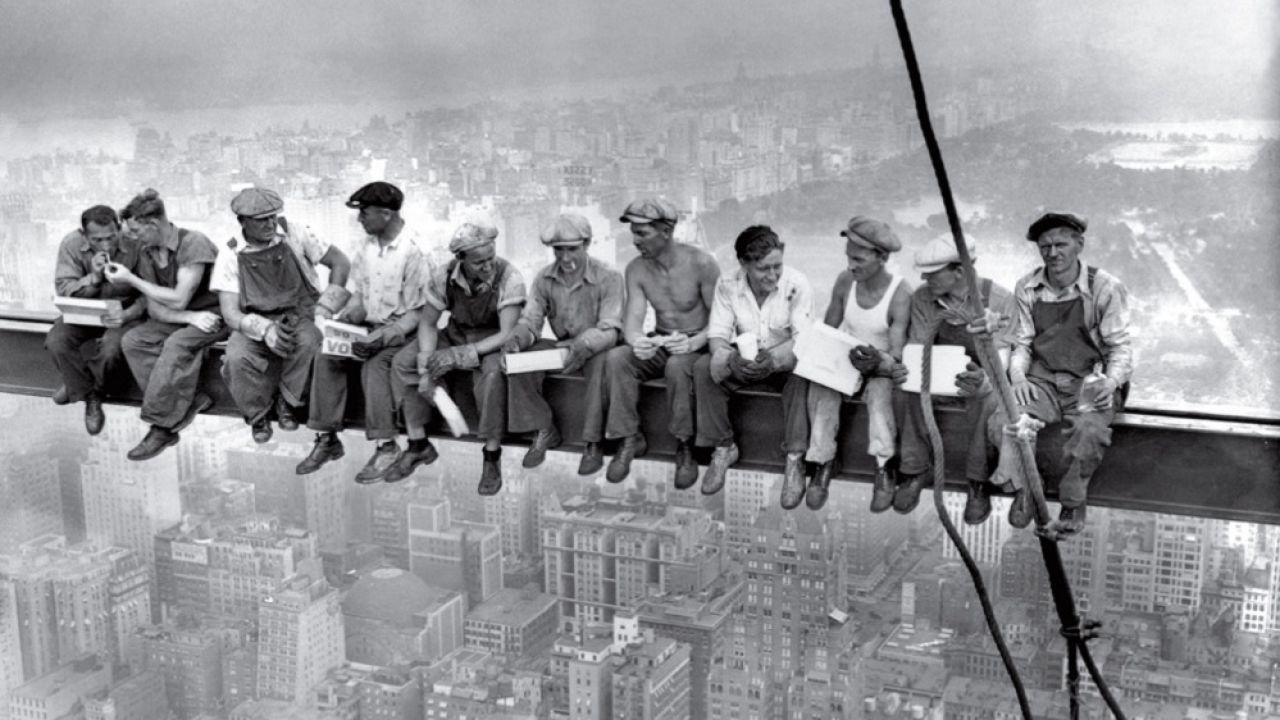 'Lunch Atop a Skyscraper', 1932
