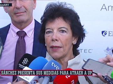 La portavoz del Gobierno y ministra de Educación y Formación Profesional en funciones, Isabel Celaá