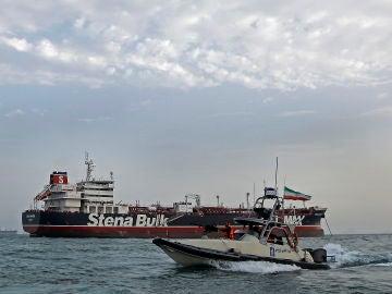 Liberados siete tripulantes del petrolero británico retenido en Irán