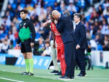 Zidane habla con Vinicius