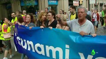 Medio millar de personas se manifiestan en Barcelona contra la inseguridad en las calles de la ciudad