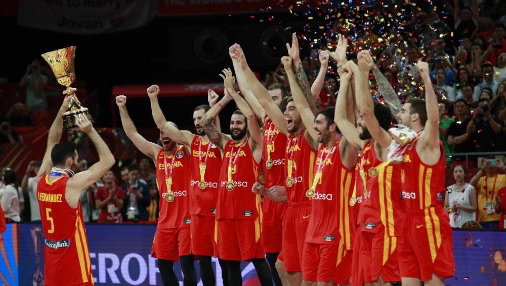 España celebra el Mundial