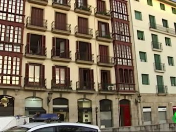 Muere un hombre de 70 años tras una explosión de gas en su vivienda, en el centro de Bilbao