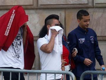Tres de los siete acusados por la violación múltiple de una menor en Manresa