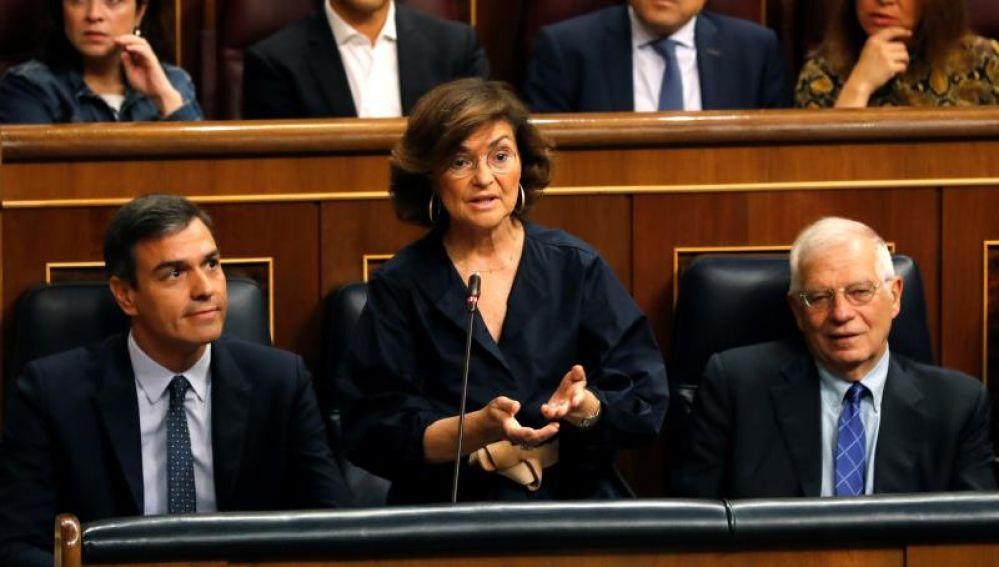 La vicepresidenta del Gobierno en funciones, Carmen Calvo, en la sesión de control en el Congreso