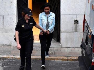 Ana Julia Quezada a su salida de la Audiencia Provincial de Almería