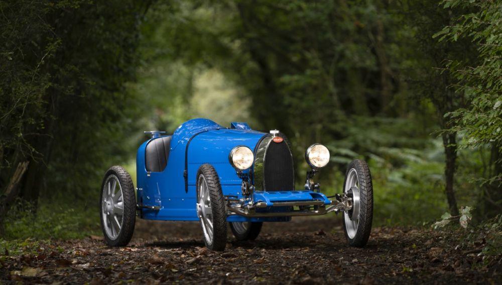 Oficialmente, este es el coche más rápido del mundo — Bugatti Chiron