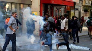 """Manifestación de los """"chalecos amarillos"""" en París"""