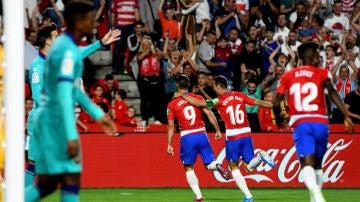 El Granada celebra un gol ante el Barcelona