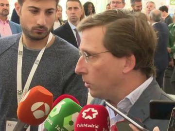 Martínez Almeida ante los medios
