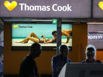 Imagen que muestra un cartel publicitario de la empresa británica Thomas Cook